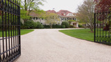 What You Get for a $1 Million Summer Rental in the Hamptons