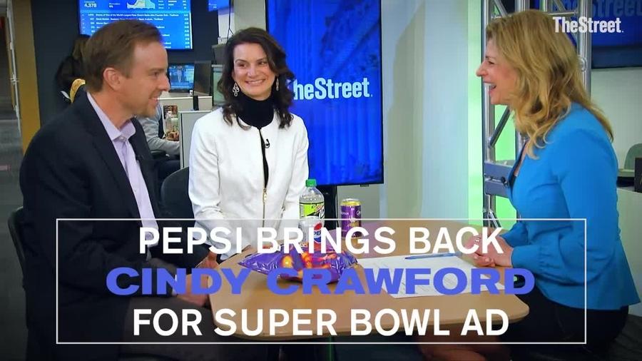 2018 Super Bowl Ads: Pepsi Brings Back Cindy Crawford, Michael Jackson and  More