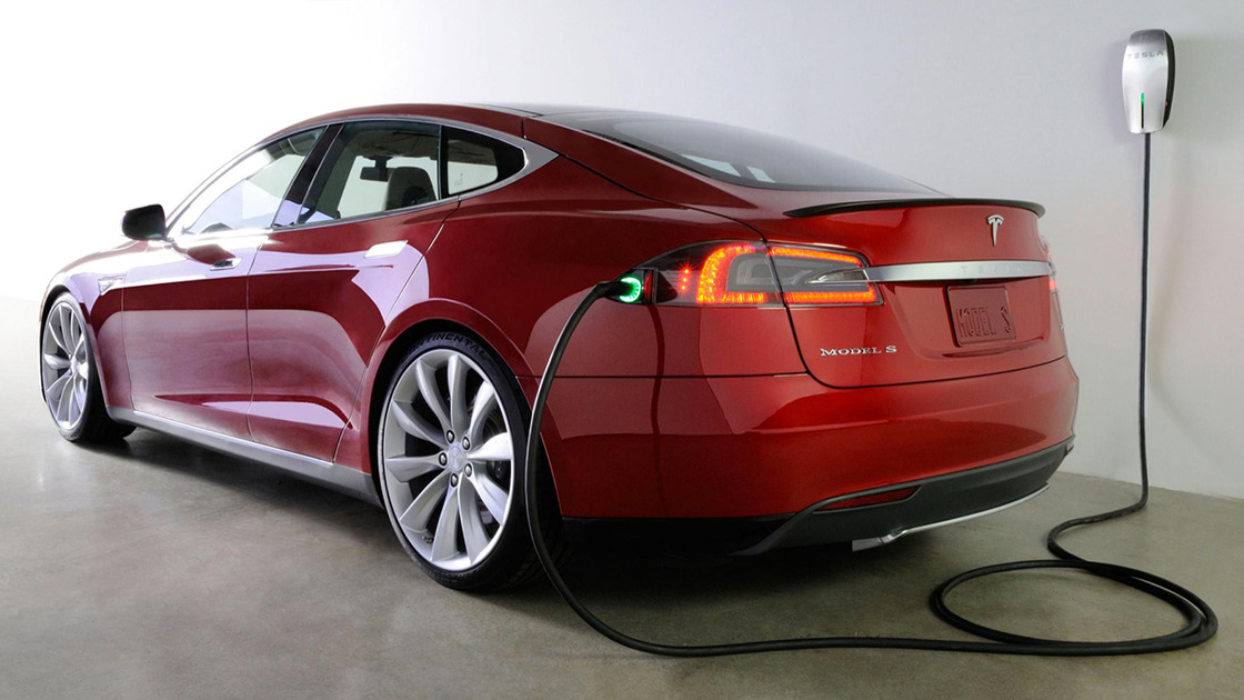Tesla Model S Gets Harsh Review, Consumer Reports Say It Has Problems
