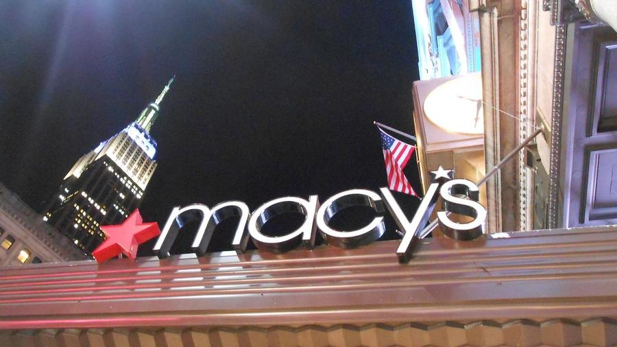 Jim Cramer Breaks Down The Decline In Macys Stock Even With A