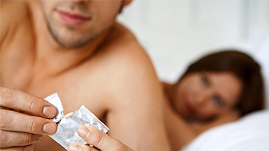 бесплатное порно геи без презерватива фото